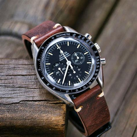 Chestnut Classic Vintage Leather Watch Band | B & R Bands