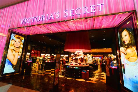 Victoria's Secret pulls out of The Pink Store trademark