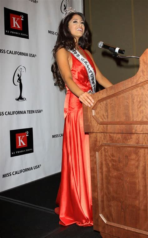 Wallpaper World: Nicole Johnson Named 2010 Miss California
