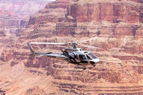 Grand Canyon Helicopter Falcon Flight | 5 Star Helicopter