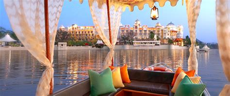 Hotel The Leela Palace, Udaipur - Online Booking, Room