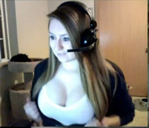 The sloots of Twitch TV(pics) - Bodybuilding
