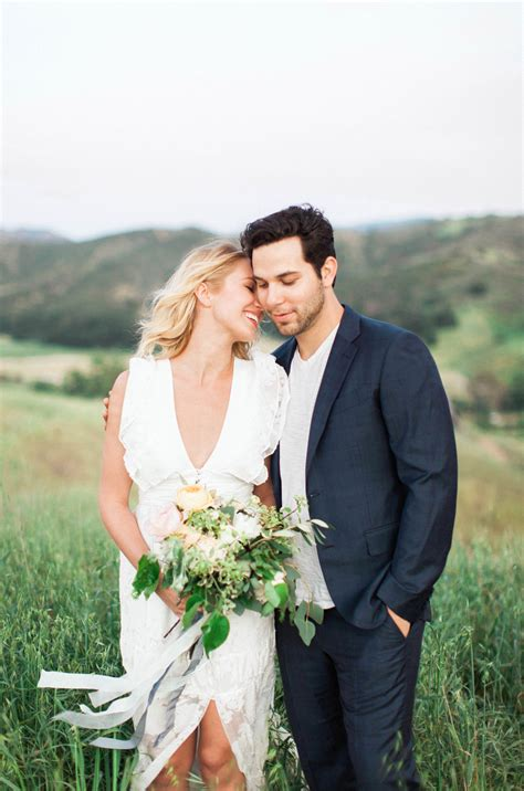 Pitch Perfect's Skylar Astin + Anna Camp Engaged! – Katie