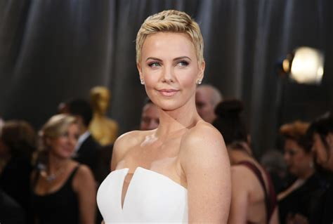 Charlize Theron Takes Sean Penn's 'Last Face'; 'Not Fade
