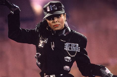 Beyonce Dresses Up As 'Rhythm Nation' Janet Jackson for